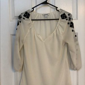 Old Navy Blouse with Aztec Sleeve Detail. Size sm